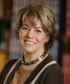Dr. Estela Mara Bensimon